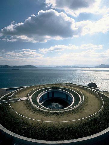 直島現代美術館3.jpg